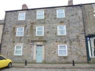 Ground Flat to rent in Market Place...