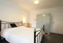 1 bed Studio flat to rent in Cinnaminta Road...