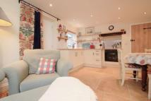 1 bedroom Detached house to rent in Old High Street...