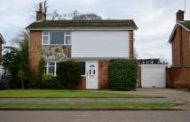 4 bed Detached house in Chiltern Way, Tring, HP23