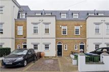 4 bed Terraced house in Trafalgar Grove, London...