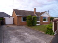 2 bed Detached Bungalow in BEVERLEY WAY...