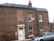 Flat to rent in York Street, Carlisle...