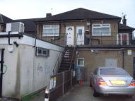 Flat in Albany Road, Hornchurch...