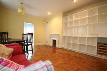 2 bed Ground Flat in Wandsworth Bridge Road...
