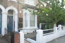 2 bed Maisonette to rent in Grove Hill Road...