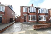 3 bedroom semi detached house in Links Avenue, Whitley Bay