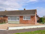 2 bed Bungalow in Laburnum Crescent...