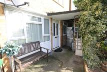 Flat for sale in Russells Ride, Cheshunt...