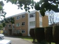 2 bedroom Flat in Portarlington Road...