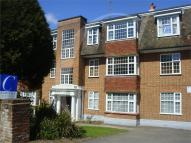 4 bed Apartment to rent in Surrey Road, Central...