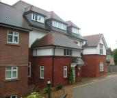 2 bed Flat in The Pines, Buxton Road...