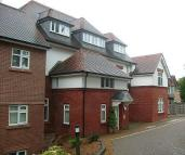 2 bedroom Flat in The Pines, Buxton Road...