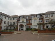 2 bed Flat for sale in Manton Court, Horsham...