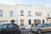 Bank Street Terraced property to rent