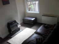 2 bedroom house in Trafalgar Road...