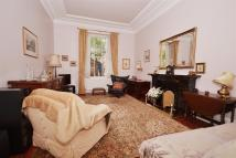 Ground Flat for sale in St. Georges Square...