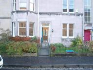 2 bedroom Flat in Learmonth Crescent...