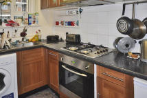 4 bedroom Flat to rent in Fulham Palace Road...