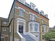2 bedroom Apartment in DORNCLIFFE ROAD, London...