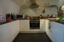 Studio apartment to rent in Grafton Street...