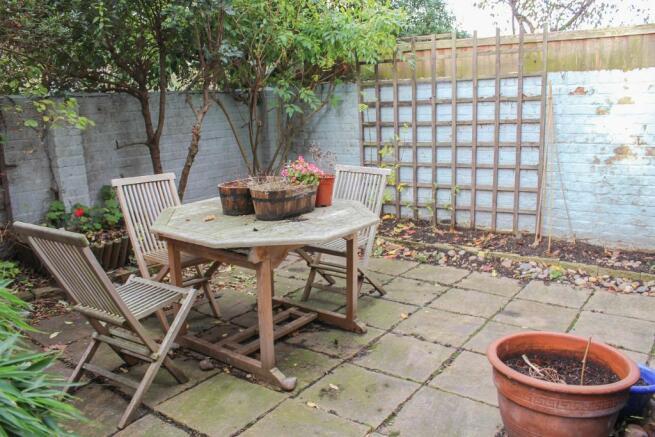 Kitchen Entrance - Private Patio Garden