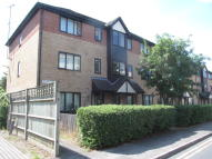Ground Flat in East Street, Reading, RG1