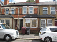 4 bedroom Terraced property in PITCROFT AVENUE, Reading...