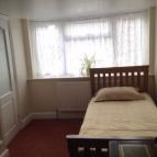 Studio flat to rent in Felixstowe Close...