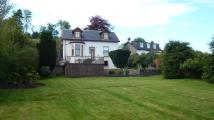 Detached property in Kilbride House...