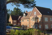 2 bedroom Apartment in Dean Court Road, Botley...