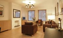 1 bedroom Flat in Kensington High Street...