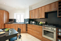 3 bed Penthouse in Stratton Street, London...