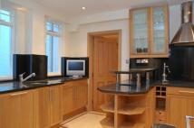 3 bedroom Flat to rent in Collingham Road, London...