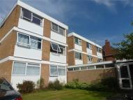 Flat to rent in Wake Green Road...