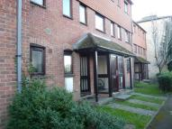 Flat to rent in High Street, Fordington...