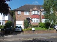 4 bed semi detached property to rent in Wykeham Road, London, NW4