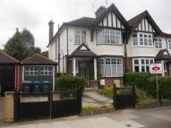 3 bed semi detached house in Boyne Avenue, London, NW4