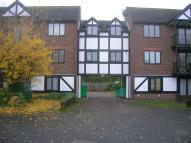 1 bedroom Apartment in Robina Close, Northwood...