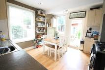 Flat to rent in Drayton Road, NW10