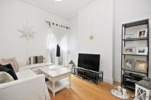 1 bedroom Flat in Mortimer Road...