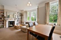 Flat to rent in Harvist Road...