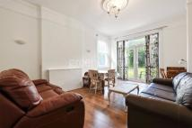 2 bed Flat in Dundonald Road, London...