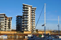 Apartment in Victoria Wharf...