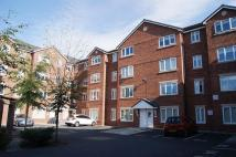 3 bedroom Flat in Woodsome Park, Woolton...