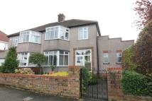 3 bedroom semi detached house for sale in Glenhead Road...