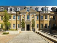 2 bed Penthouse for sale in Leopold Court, Esher...