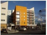2 bedroom Apartment in Maltings Close, London...