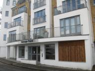 2 bedroom Flat to rent in Victors Way, High Barnet...