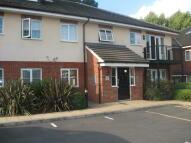 2 bedroom Flat in Elsworth Court...